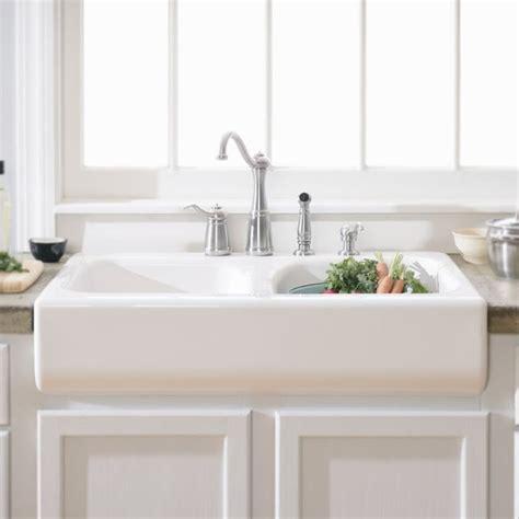 cheap ceramic kitchen sinks best 25 ceramic kitchen sinks ideas only on pinterest