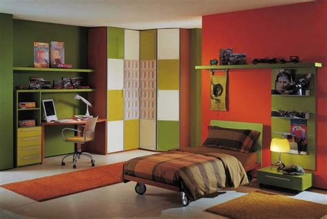red green bedroom paint color schemes for boys bedroom makes the tone of the