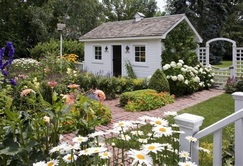 Traditional Cottage Garden Flowers Charming Secret Garden Traditional Home