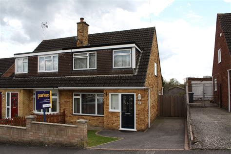 3 bedroom house for sale reading parkers reading 3 bedroom house for sale in tintern