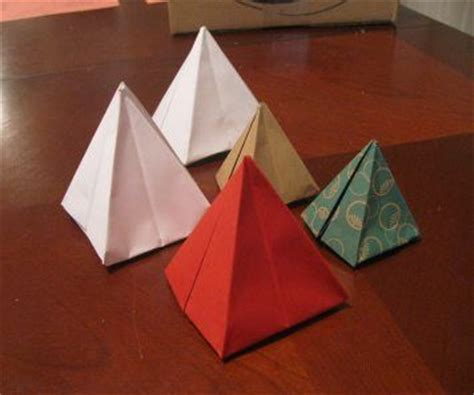 Pyramid Origami - how to fold a pyramid origami