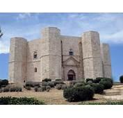 Castel Del Monte  Place In Puglia