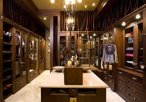 Vanity With Mirror And Drawers by 7 Essentials To Luxury Closets
