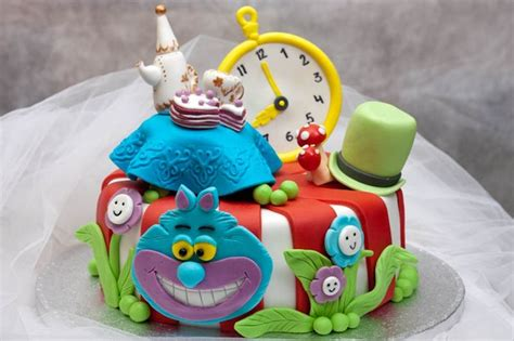 home cake decorating ideas cake decorations alice in wonderland home decorating ideas