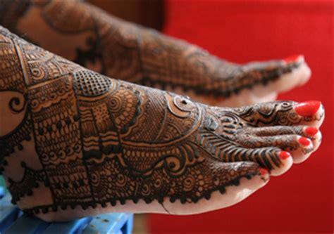 zeenat henna mehndi tattoo kit cones pen fresh hand made designer studio henna mehndi cones tattoo kit body art pen
