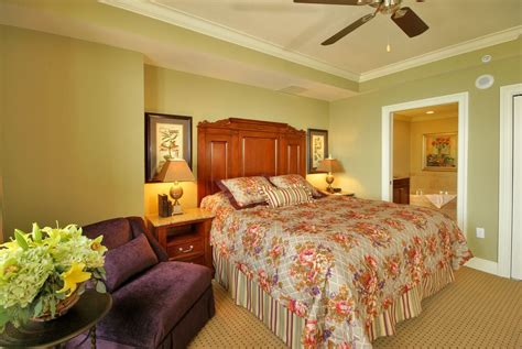 2 bedroom suites in destin florida emerald grande at destin deluxe suite and vrbo