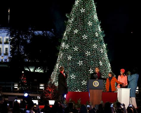 first family lights up national christmas tree at 90th