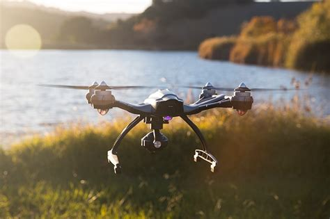 Drone Typhoon yuneec q500 typhoon 4k drone review steady grip
