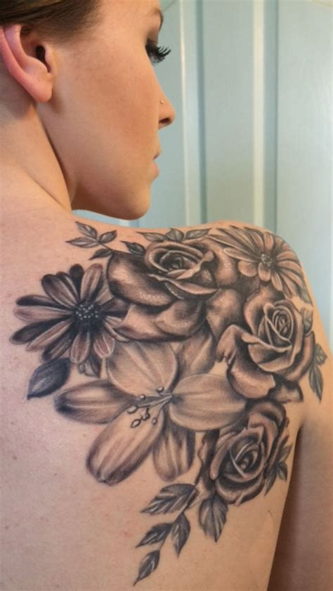 pretty back tattoo designs 36 beautiful shoulder flower tattoos