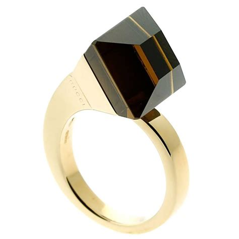gucci chiodo golden quartz gold ring for sale at 1stdibs