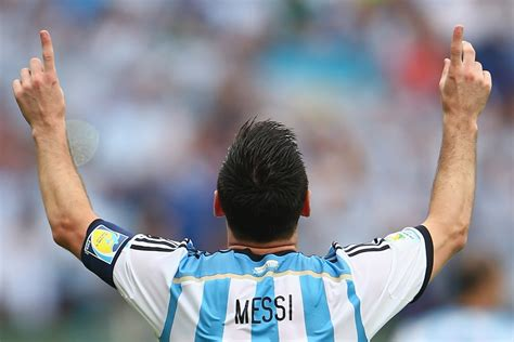 10 To In The World Cup by Top 10 Soccer Players In The World 2014 World Cup Edition