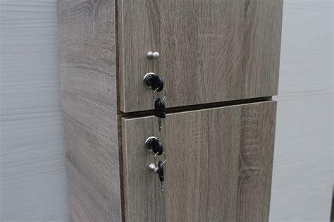 armadietti spogliatoio legno armadietti spogliatoio arredi per lo spogliatoio modul