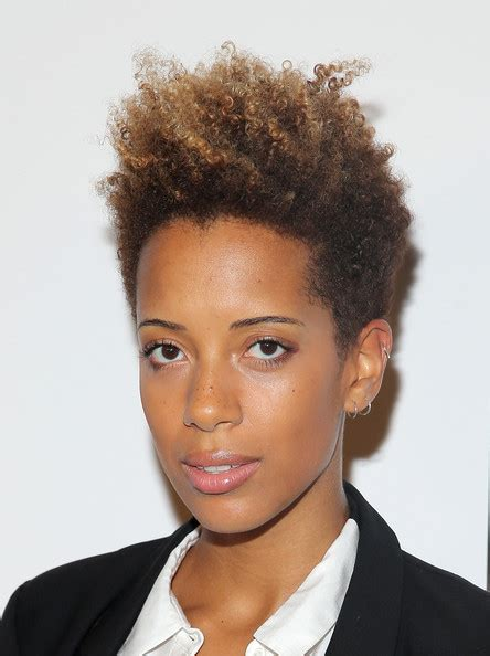 oval face with tapered afro haircut carly cushnie photos photos the two faces of january