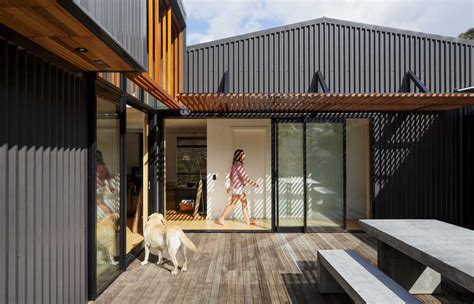Living In A Shed Legally by A Modern House Informed By An Shed