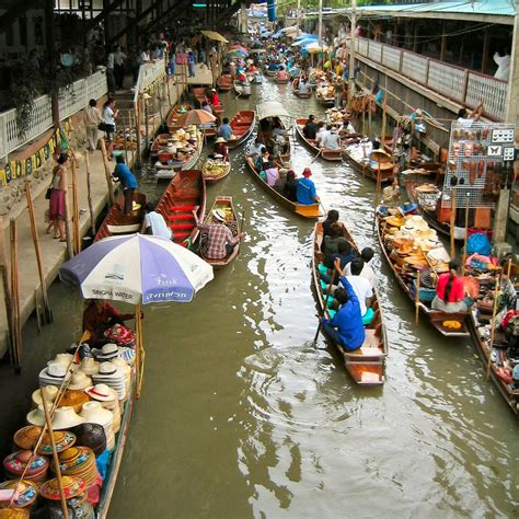 floating market thailand travel  blog