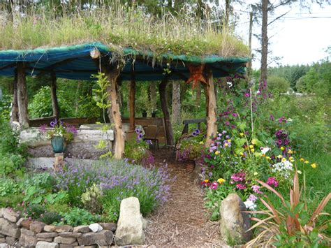 building a gazebo with a living roof part 1