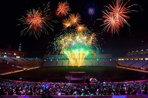 fourth  july fireworks shows north carolina