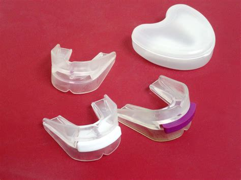 china portable silicon teeth whitening mouth tray