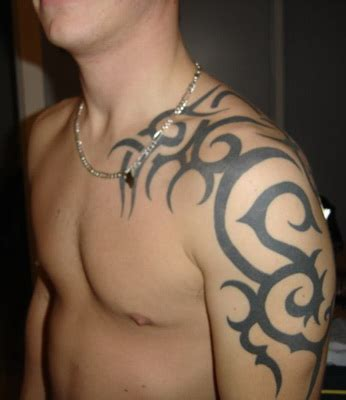 blade tribal tattoo top shoulder blade tattoos