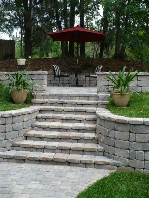 backyard retaining wall best 25 backyard retaining walls ideas on pinterest retaining wall steps terraced