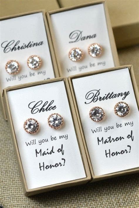 Gift Cards For Bridesmaids - 25 best ideas about bridesmaid cards on pinterest be my bridesmaid bridesmaid