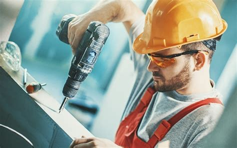 cordless  corded tools   job site acuity insurance