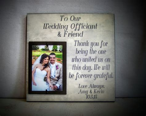 Wedding Officiant Gift : Perfect For The Friend & Wedding
