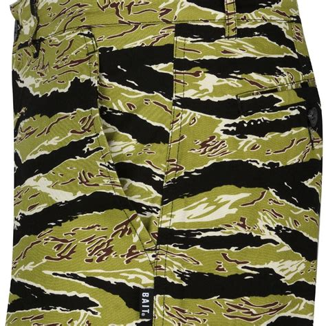bait basics chino shorts camo tiger camo