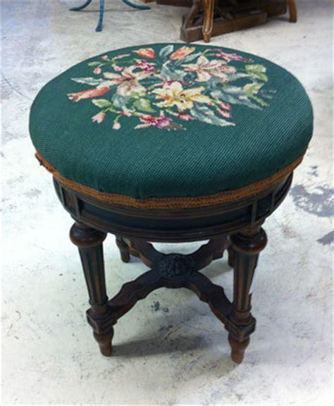 taburetes de piano nos meubles antiquit 233 s brocante vendus