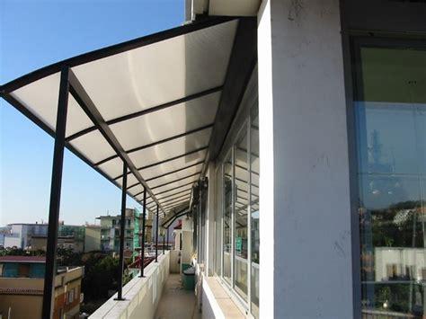 tettoie balconi coperture per balconi pergole e tettoie da giardino