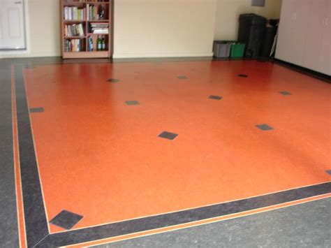 garage marmoleum with feature strips and inlaid diamond