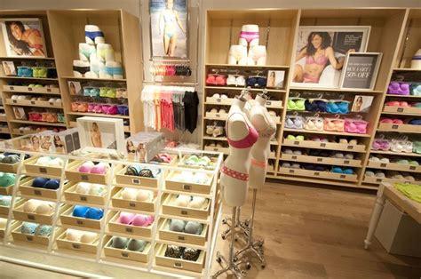 1396476474 la vie elegante a paris 91 confessions of an aerie bra expert chang e 3 shops