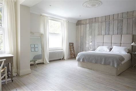 white wood floor bedroom 25 awesome bedrooms with reclaimed wood walls