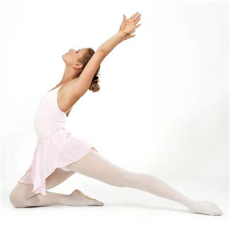 Description Of A Dancer by File Ballet Dancer 01 Jpg