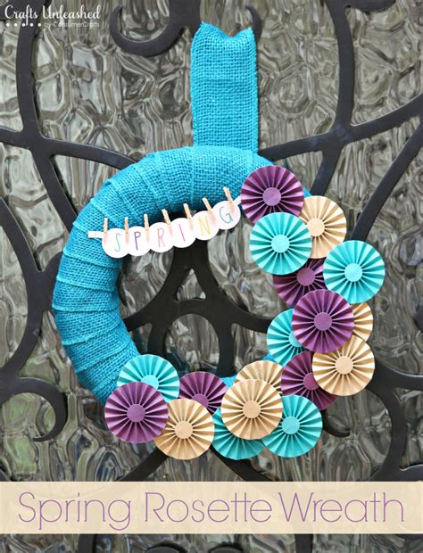 Handmade Rosettes - diy wreath paper rosettes crafts unleashed