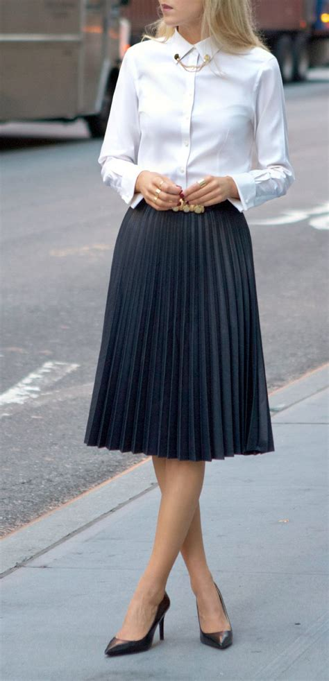 Shirt Pleated Skirt best 25 black pleated skirt ideas on black
