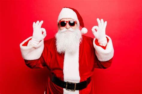 children    santa  surprising psychology  tradition
