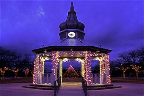 boerne xmas lights 1000 images about things to see and do in boerne on restaurant