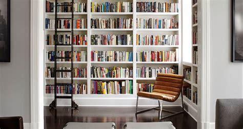 costruire libreria a muro come costruire una libreria sospesa l angolo tetto