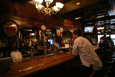 Cottage Restaurant Nyc by Judge Roy Bean Drink Nyc The Best Happy Hours Drinks