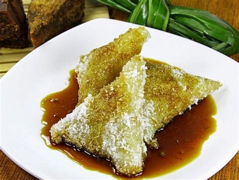 membuat kue singkong cara membuat kue lupis singkong enak lembut resep cara