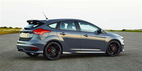 2015 ford focus st diesel becomes brand s most efficient