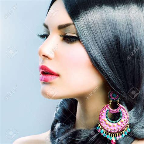mujer con el pelo negro largo sano lujuriante foto de m 225 s de 1000 ideas sobre cabello negro largo en pinterest