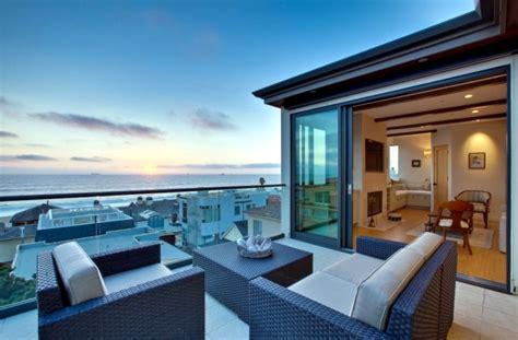 Balcony Furniture Design ? 20 inspiring ideas to maximize   Interior Design Ideas   Ofdesign
