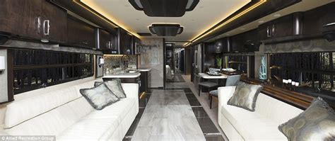 Eagle Home Interiors by Inside The 700k Luxury American Eagle Rv That S As Big As