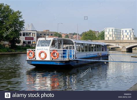 floating boat maidstone river medway stock photos river medway stock images alamy