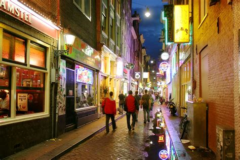 hotels near red light district amsterdam beer chocolate cheese visit amsterdam trip sense