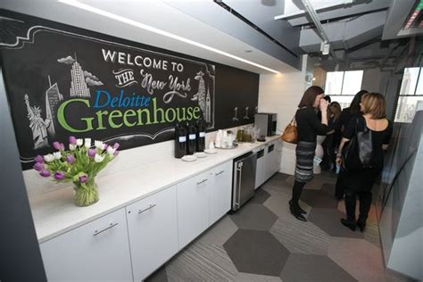 york greenhouse lab lab design deloitte s new greenhouse location in new york city offers