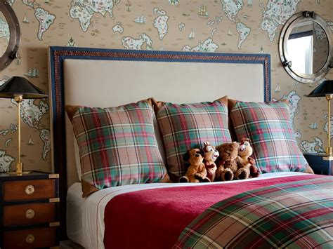 plaid bedroom ideas 5 ways to decorate with plaid for fall hgtv s decorating