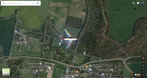 imagenes google maps 2017 google maps satellite imagery managed to snap an airliner